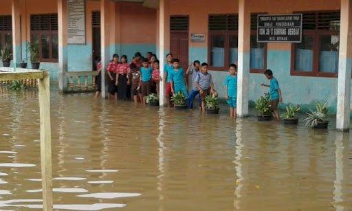 Intensitas Hujan Tinggi, Kecamatan Berbak Tanjab Timur Siaga Banjir