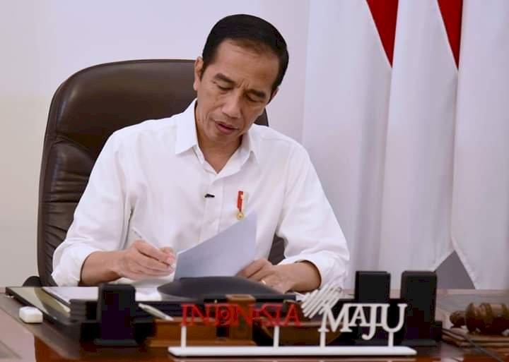 Jokowi dan Trump Bahas Kerjasama Atasi Kekurangan Alkes-APD