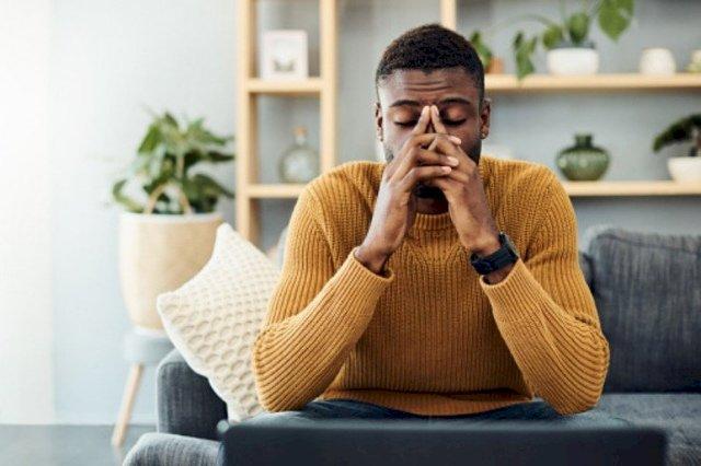Kenali Gejala Trauma Pada Suami setelah Istri Melahirkan