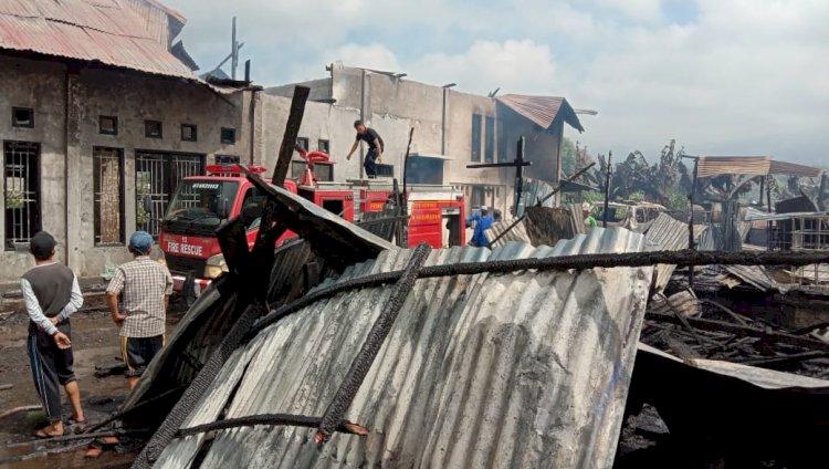 Kebakaran di Sungaibendung Kerinci, 1 Rumah dan 2 Mobil Ludes Terbakar