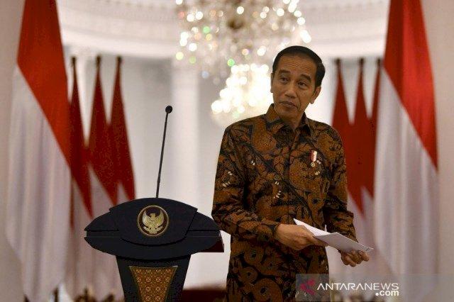 Jokowi Beri 4 Anggota Polri Tanda Kehormatan Bintang Bhayangkara Nararya, Siapa Saja?