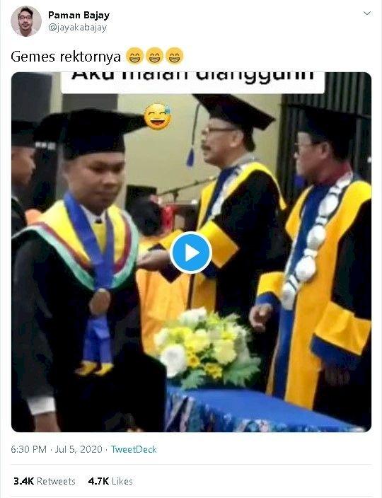 Wisudawan Cuekin Rektor, Sang Rektor Malah Joget Saking Kocaknya