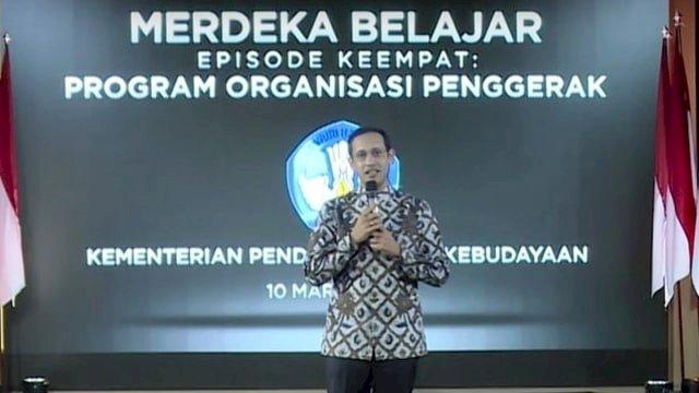 PAN Bersuara Lantang! Desak Jokowi Copot Nadiem: Belum Ada Prestasinya
