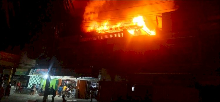 Breaking News!!! Ruko Yelvi Motor Bangko Terbakar