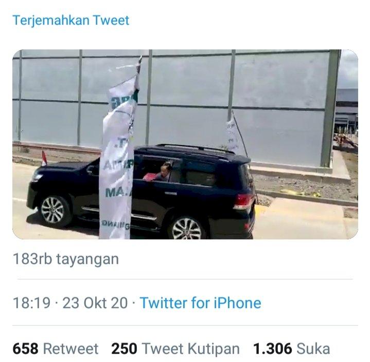 Viral! Video Mirip Jokowi Lempar Bantuan ke Jalan, Netizen: Ini Hanya soal Etika