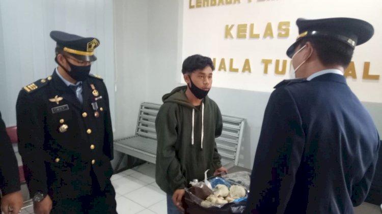 Selundupkan Sabu di Dalam Pempek ke Lapas, Pria di Tanjab Barat Ini Diamankan Polisi
