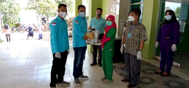 Berbeda dengan Sebelumnya, DPD KNPI Merangin Peringati Sumpah Pemuda dengan Berikan Bantuan ke Pasien Covid-19