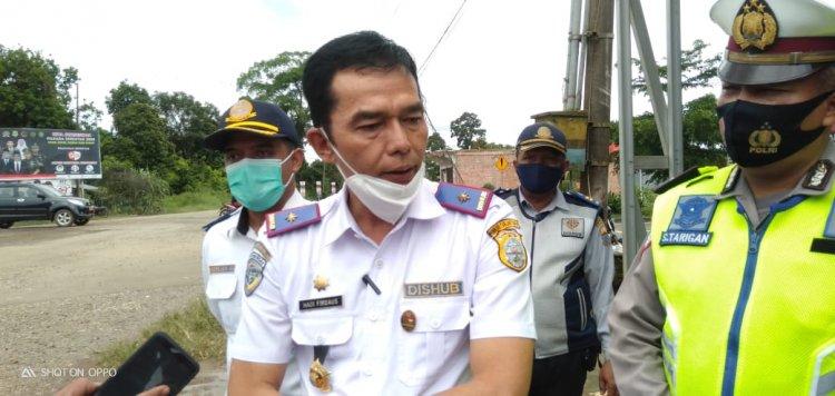 Tegas, Mobil Muatan Berlebih yang Melintas di Tanjab Timur Ditilang Petugas
