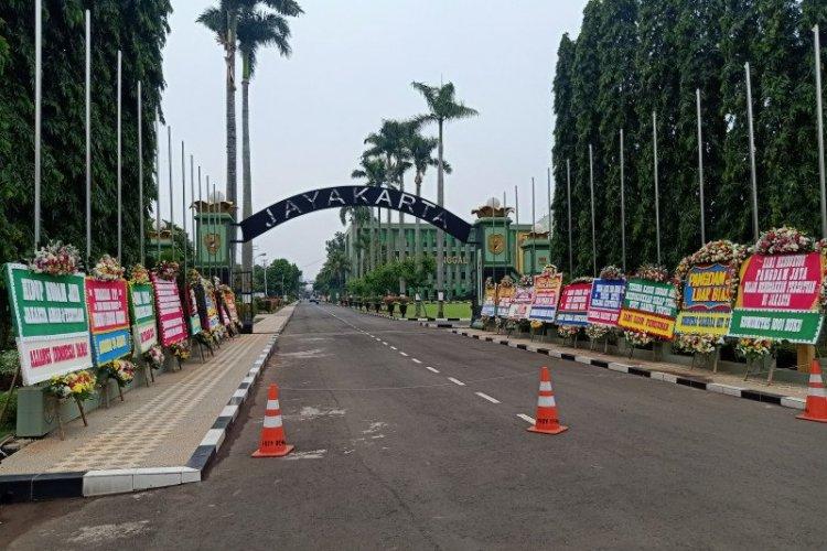 Bunga untuk Panglima: Terus Berjuang Kodam Jaya, Jangan Kasih Ampun Biang Rusuh