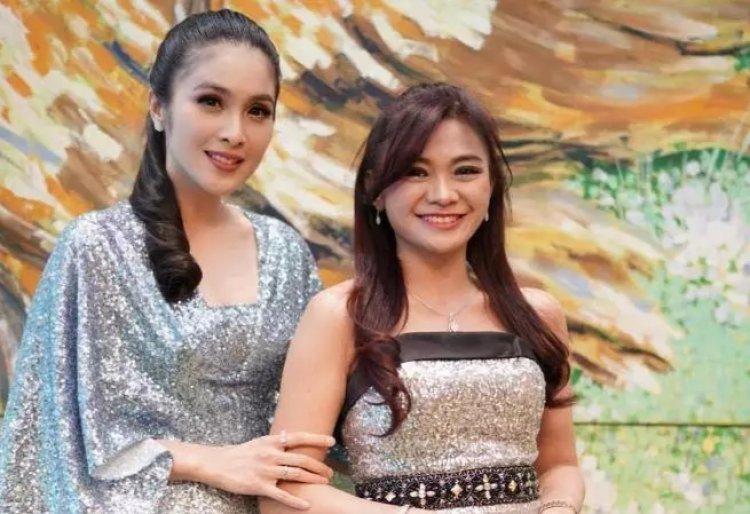 Sandra Dewi Nenek Tercantik di Indonesia Disorot Media Asing