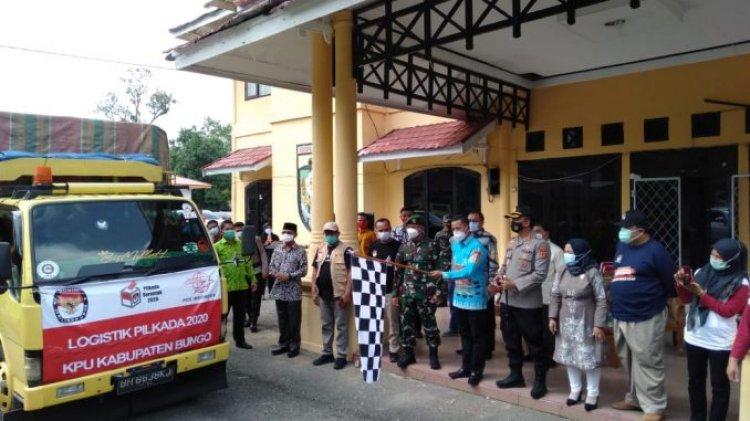 Wakil Bupati Bungo Apri Lepas Pendistribusian Logistik Pilkada 2020