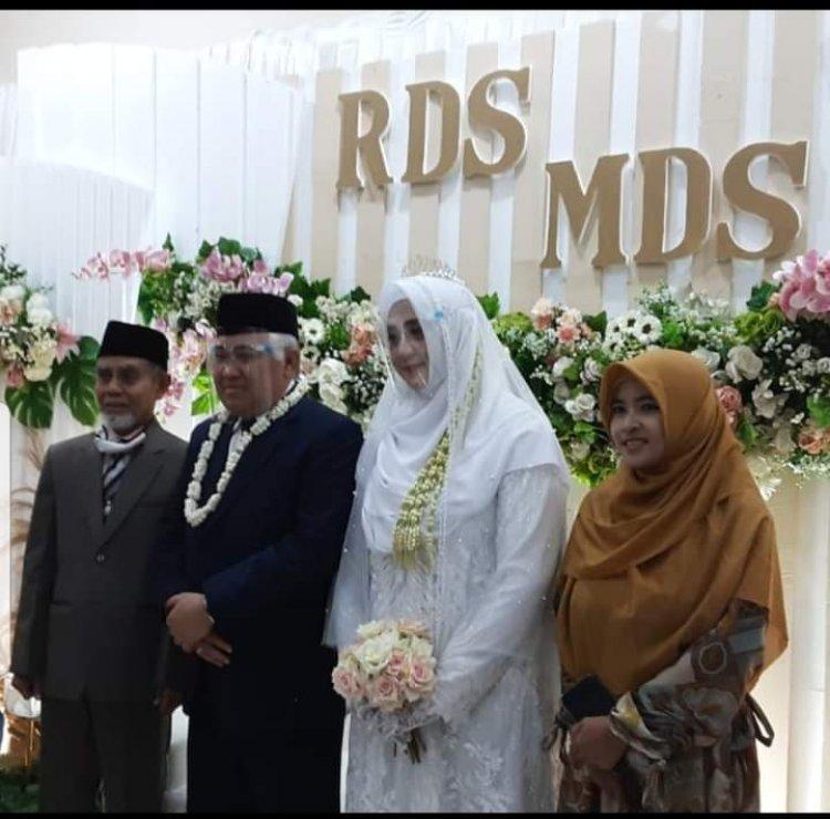 Kisah Cinta Din Syamsuddin dengan Cucu Pendiri Ponpes Gontor Hingga Pelaminan