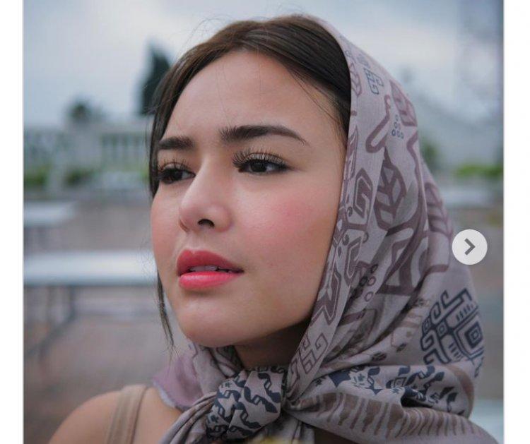 Amanda Manopo Pakai Kerudung, Warganet: Mudah-mudahan Dapat Hidayah Biar Masuk Islam