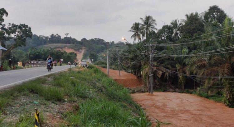 PLN Minta Uang Ratusan Juta, Pembangunan Jembatan Sungai Tantan Merangin Terkendala