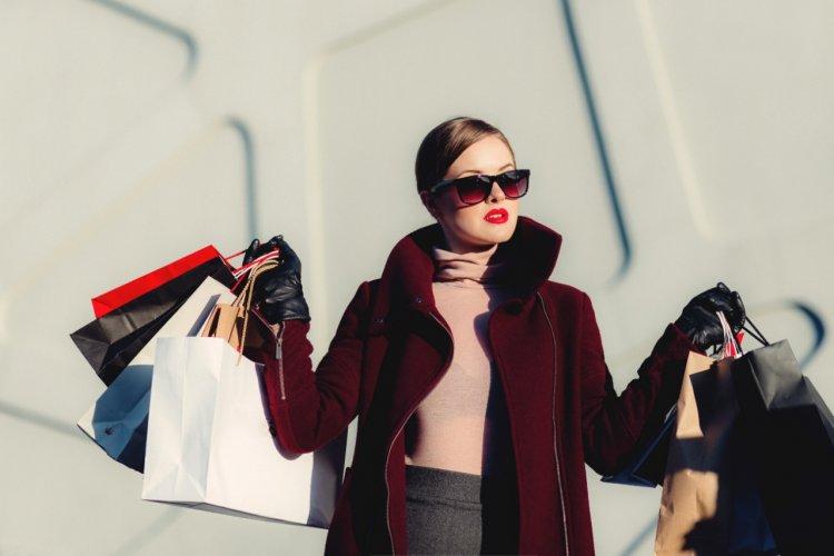 Ada Diskon Hingga 90% Plus Voucher, Belanja di Shopee Murah Lebay Emang Murah Kebangetan!