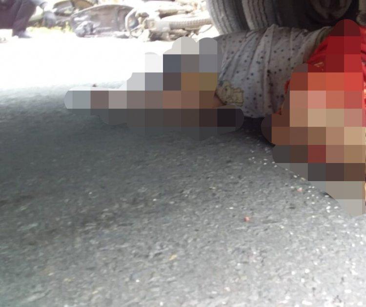 Kecelakaan di Muarojambi, Perempuan Ini Terjepit di Kolong Bus