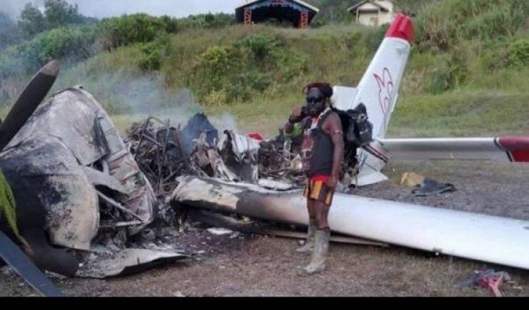 Kekejaman Teroris KKB Papua, Tembak Guru, Culik Kepsek & Membakar Sekolah
