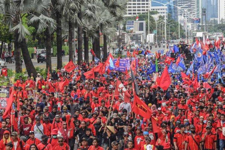 10 Ribu Buruh akan Demo Secara Nasional, Begini Tuntutannya...