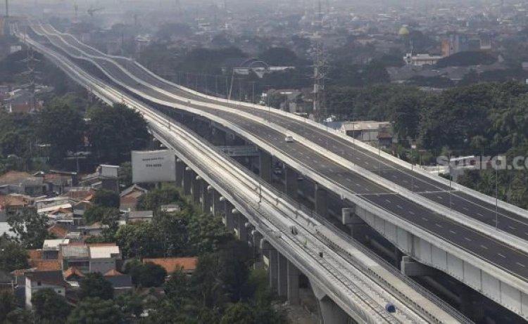 Jokowi Resmikan Nama Jalan Tol Mohamed bin Zayed, Fadli Zon: Apa Tak Ada Nama Pahlawan Kita yang Berjasa?