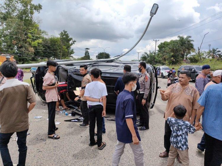 Sopir Mengantuk, Mantan Bupati Bungo Sudirman Zaini Terlibat Kecelakaan, Begini Kondisinya...