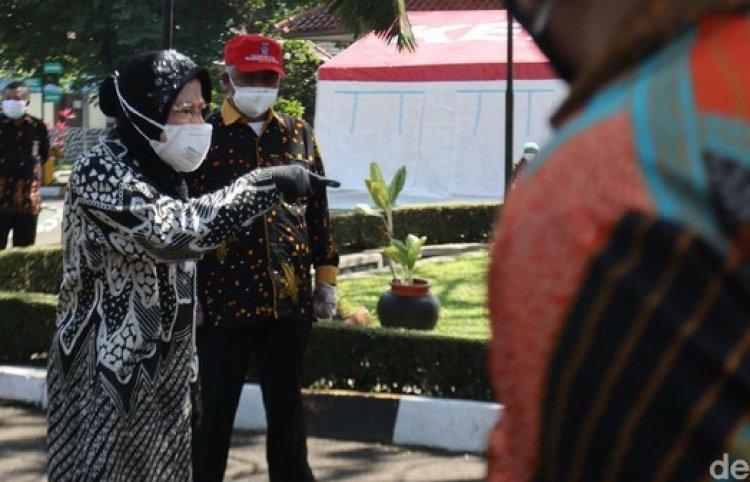 Marahi ASN Balai Wyata Guna, Risma: Saya Enggak Bisa Pecat Orang, tapi Saya Bisa Pindahin ke Papua!