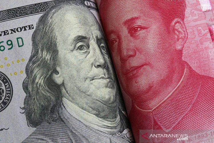 Yuan Semakin Tertekan, Terpangkas 13 Basis Poin menjadi 6,4942 terhadap Dollar AS