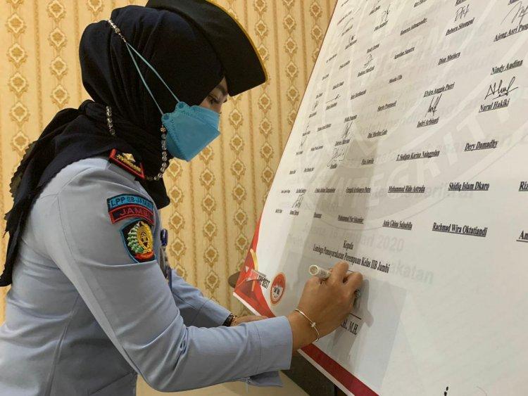 Larang Pegawainya Fasilitasi Handphone ke Warga Binaan, Kalapas Perempuan Jambi: Mau Telpon, Pakai Wartel di Sana