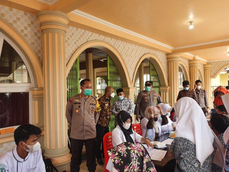 Polres Bungo-Jambi Gelar Vaksinasi Viral di Limbur Lubuk Mengkuang, Kapolres: Ada 1.354 Orang yang Divaksin