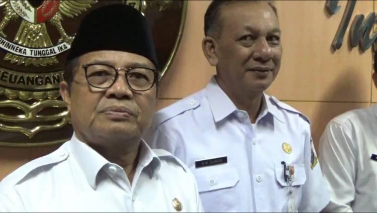 Lebaran Perdana Sebagai Plt Gubernur Jambi, Ini yang Dilakukan Fachrori Umar