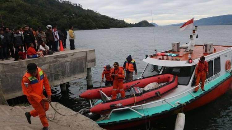 Lagi!!..Kecelakaan Kapal Motor Kembali Terjadi di Danau Toba, 1 Penumpang Hilang