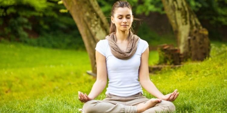 Susah Fokus di Kantor? Coba Meditasi 10 Menit untuk Jernihkan Pikiran