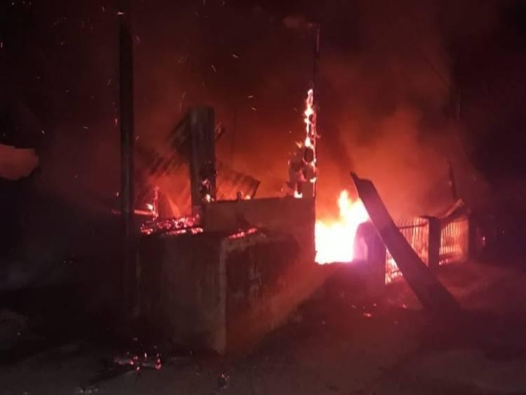 Ludes Terbakar, Hutabarat Kehilangan Rumahnya