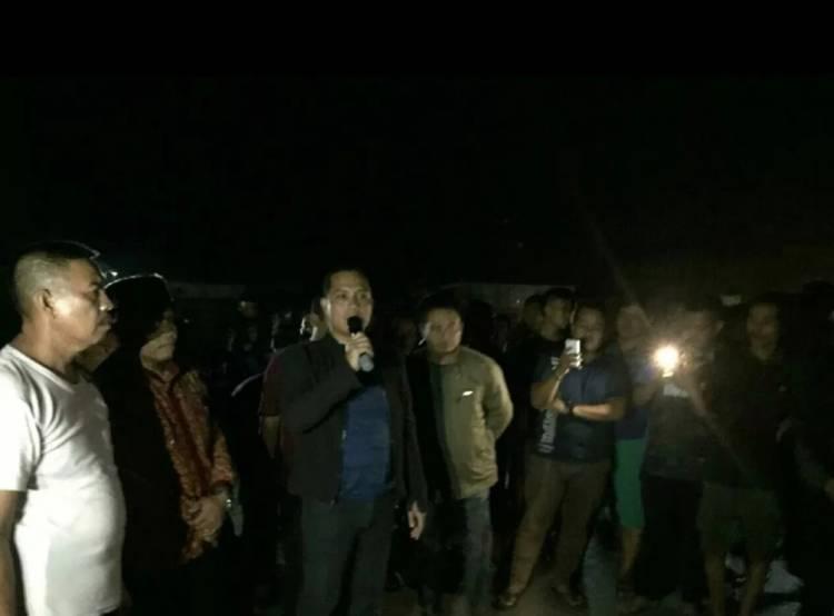 Warga Memanas Gegara Truk Batubara, Kapolres Batanghari Turun Tangan