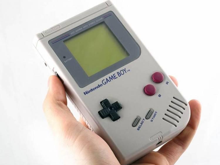 Anda Pecinta Game Jadul, Nintendo Luncurkan Casing Smartphone Mirip Gimbot