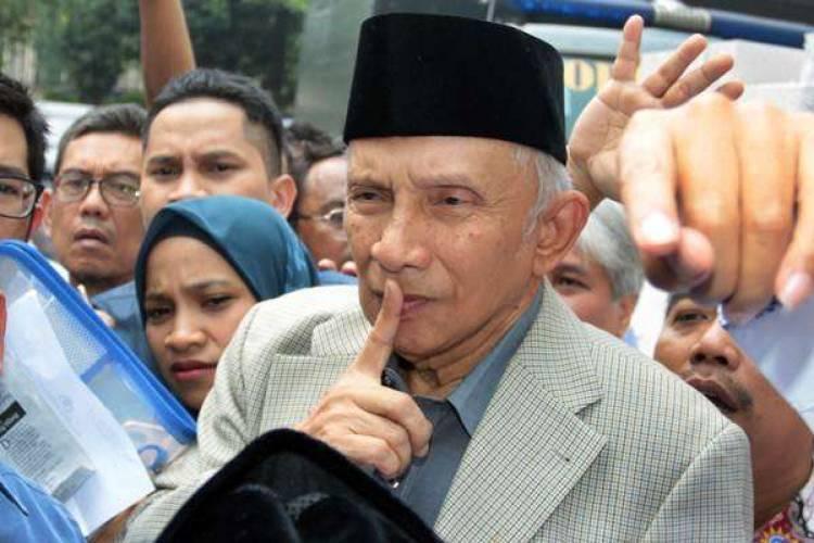 Ternyata Sinyal Ini yang Ingin Disampaikan Amien Rais Minta Jokowi Copot Kapolri