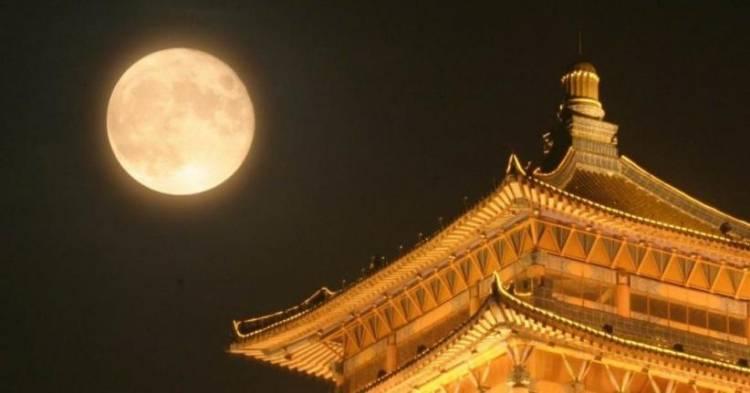 China Luncurkan Bulan Palsu Gantikan Lampu, Lebih Terang 8 Kali dari Bulan Asli