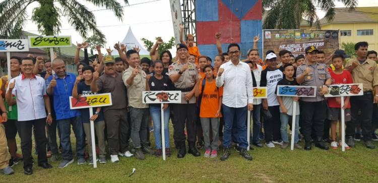 111 Atlit Panjat Tebing se Sumatera Bersaing Panjat Prestasi Raih Medali