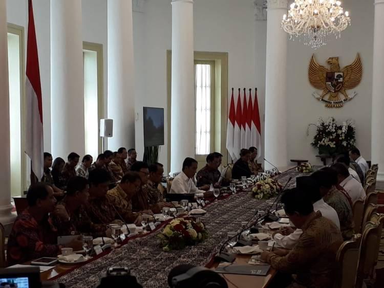Jokowi Minta Menterinya Perbaiki Bidang Investasi