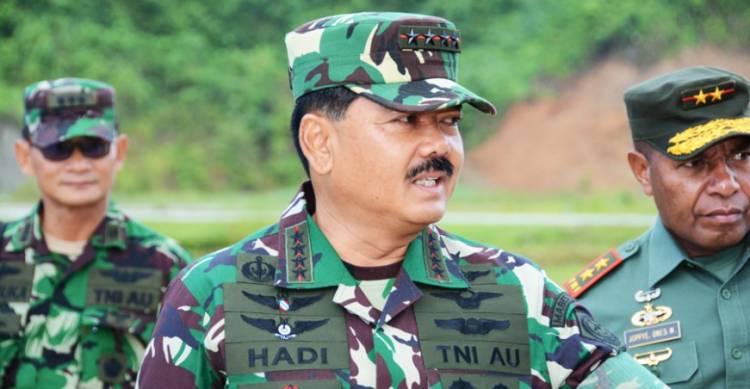 Libatkan Ribuan Personil, Panglima TNI Cek Latihan Tempur di Situbondo