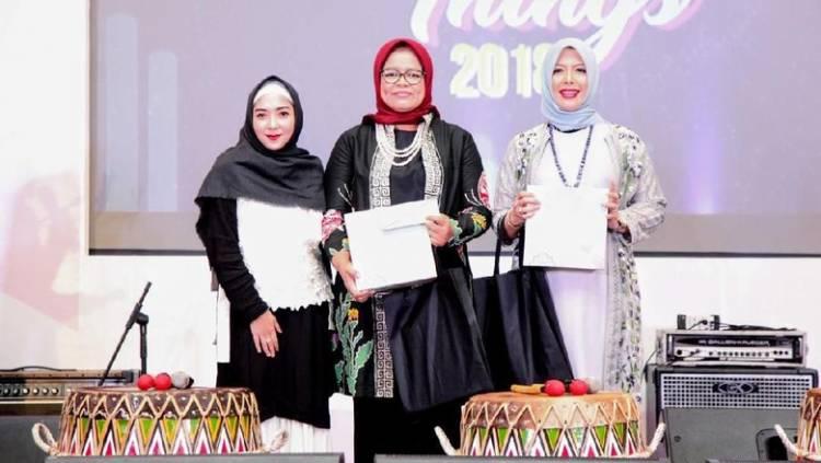 "Istri Cawapres Sandi, Nur Asia Dinobatkan ""The Most Inspiring Muslimah"" 2018"