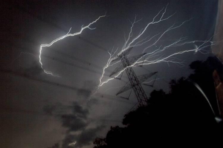 Warga Kubu Rasa Diminta Waspada Cuaca Ekstrim