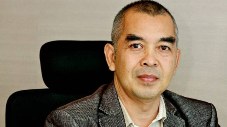Pakar Media Alm Nukman Luthfie Sosok Ulet di Mata Keluarga