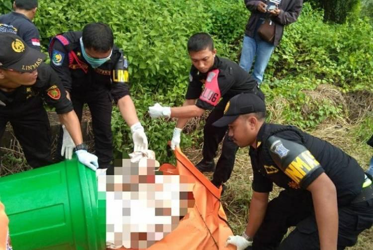 Geger Temuan Mayat Dalam Tong Terbungkus Seprai di Surabaya