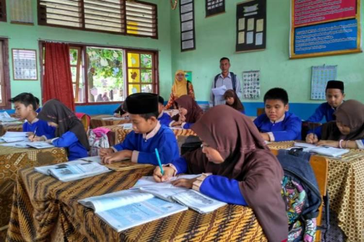 Ganti Meubeler Sekolah, Disdikbud Batanghari Butuh 8 Tahun