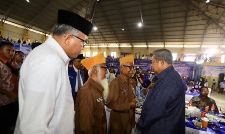 Didampingi Ani, SBY Ajak Masyarakat Aceh Rawat Perdamaian