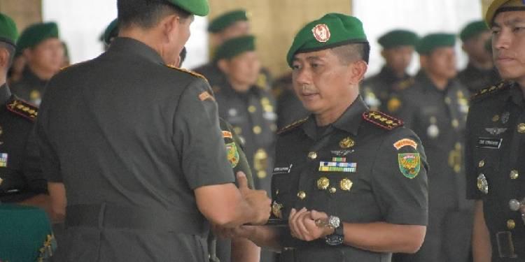 Kolonel Arh Elphis Rudi Resmi Jabat Danrem 042/Gapu