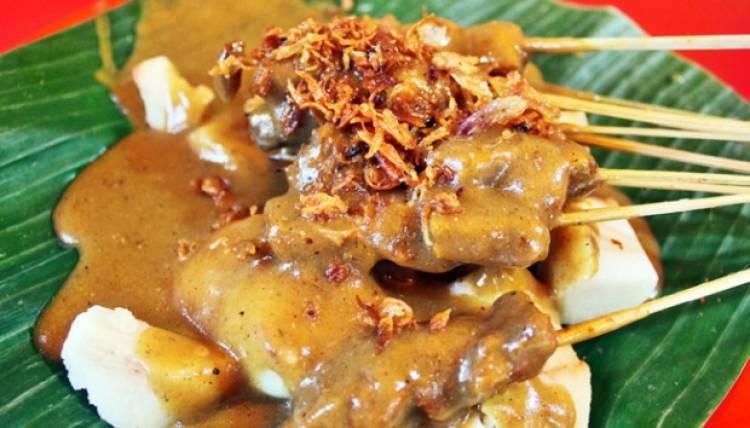 Duh! Sate Padang Berisi Daging Babi Beredar di Kota Padang