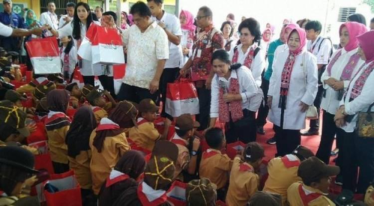 Siswa Paud Gembira Ibu Negara Ajarkan Gerakan Cuci Tangan