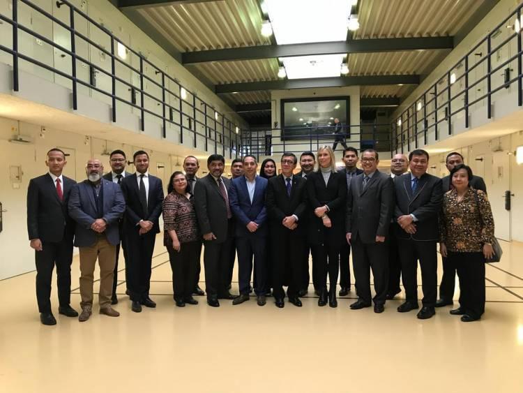 Sekumpulan Menteri Berkumpul di Belanda Termasuk Yasonna, Apa yang Dibahas?