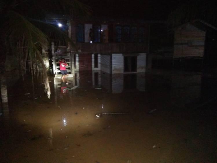 BREAKING NEWS Ratusan Rumah di Sarolangun Terendam Banjir
